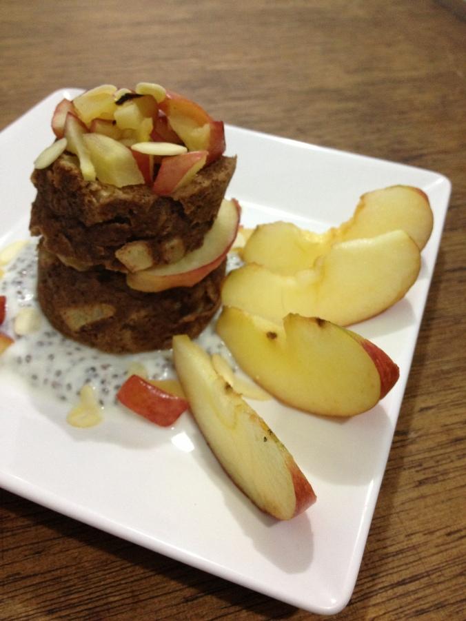 bolo-de-caneca-de-maçã2